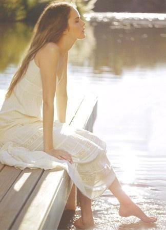 王卯卯(王丽媛)名言被爱简单爱小花收藏到美丽人生