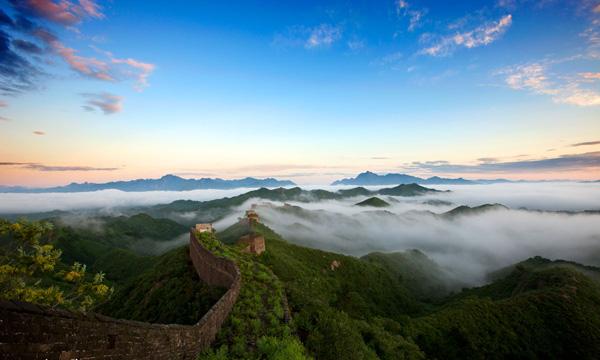 陈子昂名言被葫芦收藏到北京最美长城