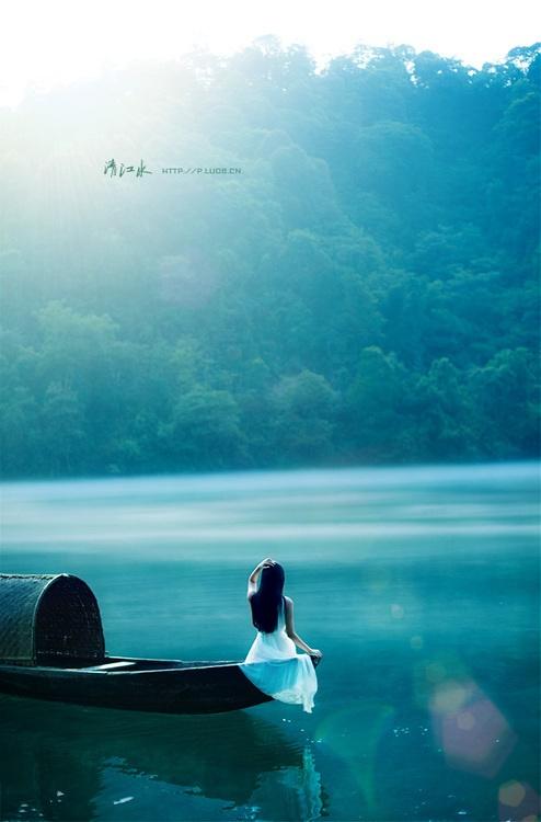 苏东坡(苏轼)名言被沉淀吧妳的想念收藏到淡淡忧伤