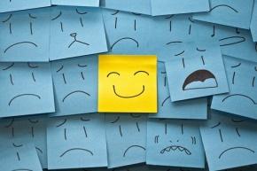 罗兰(靳佩芬)名言被感性的人要乐观收藏到简单设计