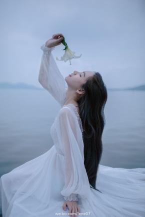 曹雪芹(曹沾)名言被无人处暗弹相思泪。收藏到伤感